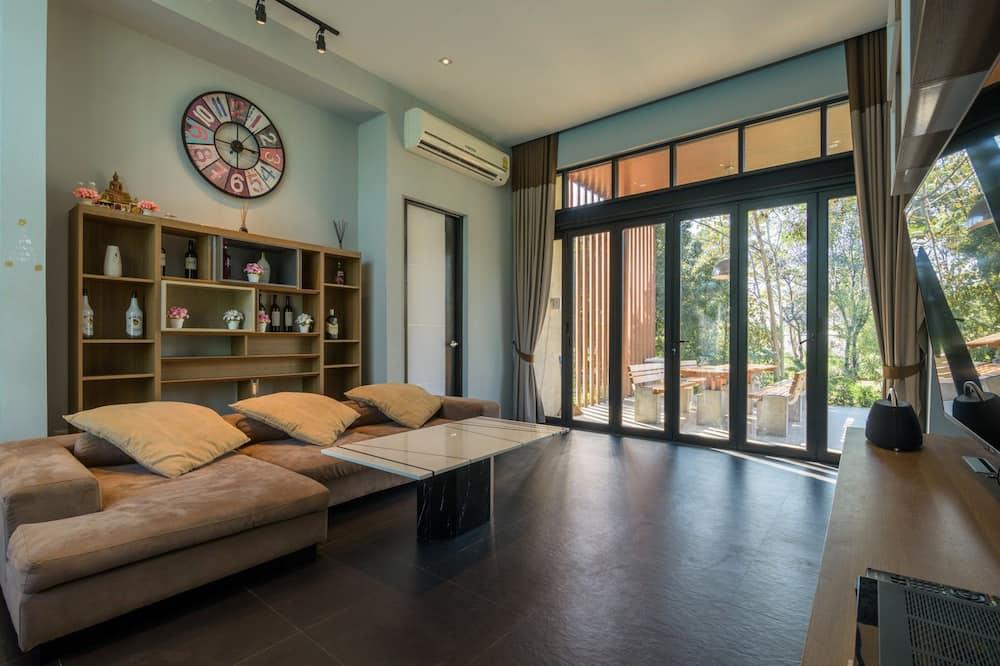 2 Bedrooms Villa  - Dzīvojamā zona