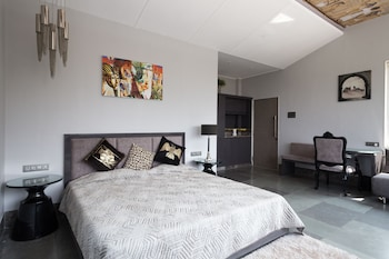 Picture of LXR Chalets in Lonavala