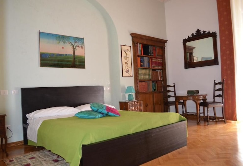 B&B Rome Charming House, Rome, Double Room with Balcony and Private External Bathroom, Guest Room