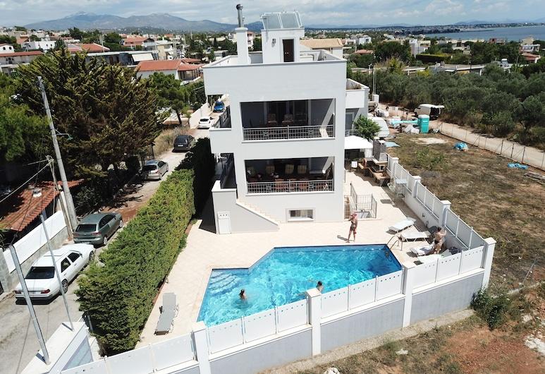 Villa d'Irene - near Athens airport, 200 meters from the beach Davis, Spata-Artemida