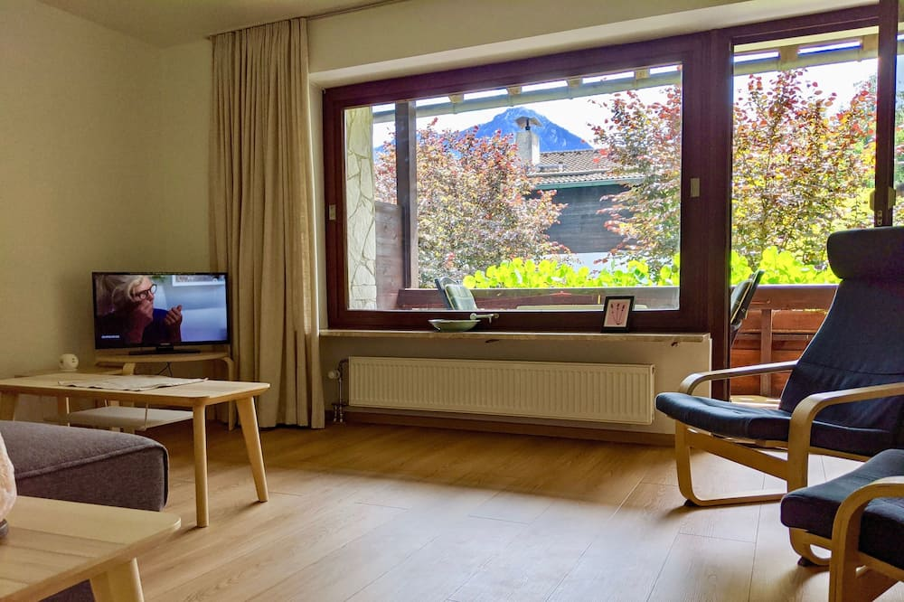 Superior Apartment, 1 Bedroom, Terrace - Living Area