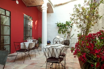 Enter your dates for our Begur last minute prices
