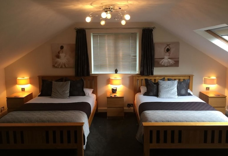 BARNCROFT LUXURY GUEST HOUSE NEAR NEC, Solihull, Family Room, Guest Room