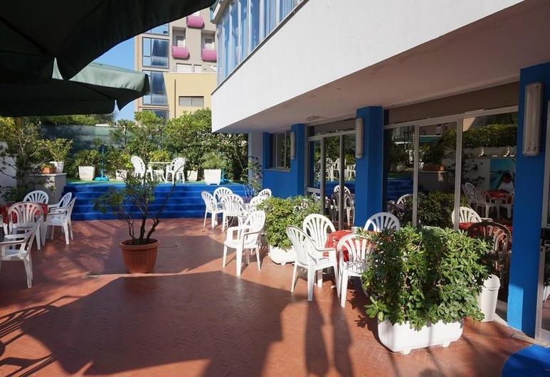Hotel Caravan, Pesaro, Restaurante al aire libre