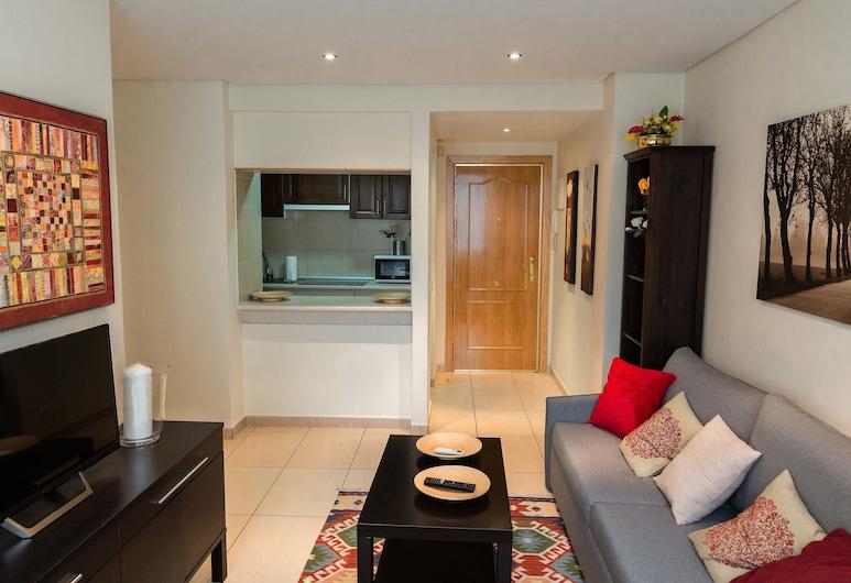 Apartamentos Duque II, Madrid, Apartment, 1 Bedroom, Courtyard View, Living Room
