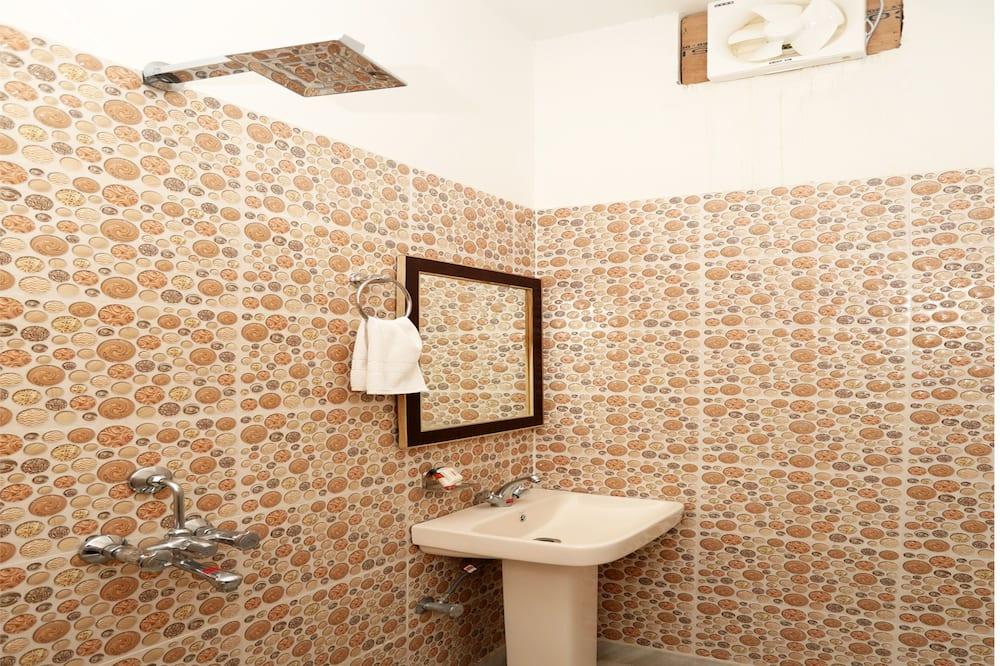 雙人或雙床房 - 浴室洗手台
