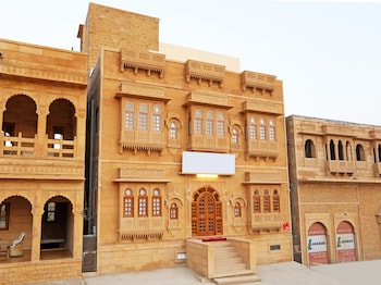 Picture of OYO 9737 Hotel Royal Heritage in Jaisalmer