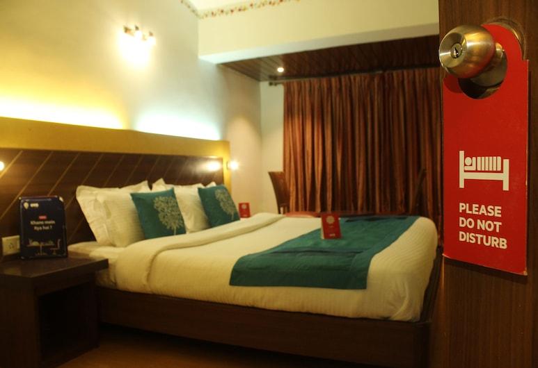 OYO 7454 Hotel Ronaldo's, Baga, Double or Twin Room, Guest Room