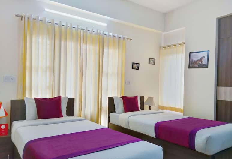 OYO 11092 Shiv Enclave, Bengaluru, Double or Twin Room, Guest Room