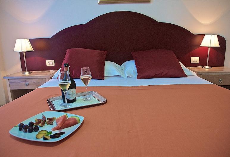 Hotel Teti, Ugento, Double Room, Balcony, Guest Room