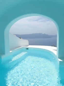 Picture of Chelidonia Luxury Suites - Adults Only in Santorini