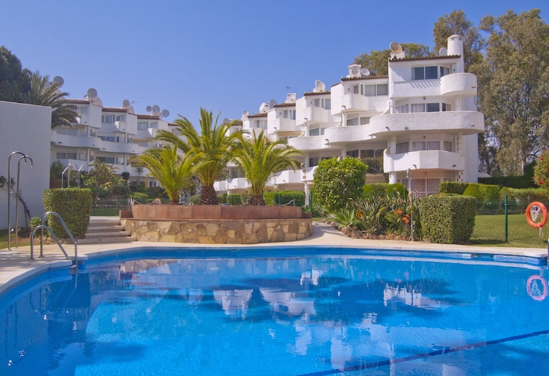 Spacious duplex apartment near the beach, Mijas