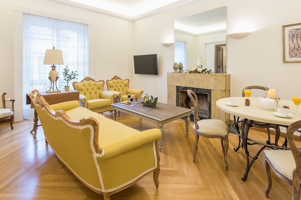 Magnolia Superior Apartment - Ruang Tamu