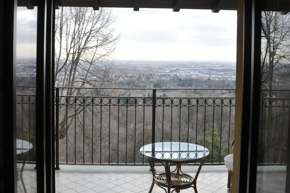 Kamar Double, balkon, pemandangan kota - Teras/Patio