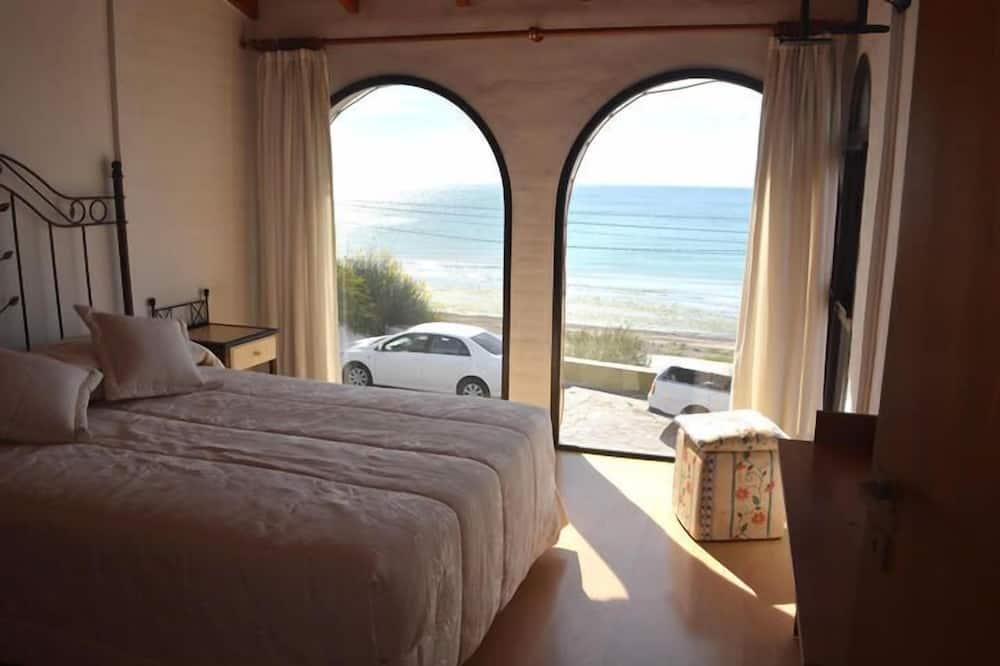 Dzīvokļnumurs, trīs guļamistabas, skats uz jūru - Numurs