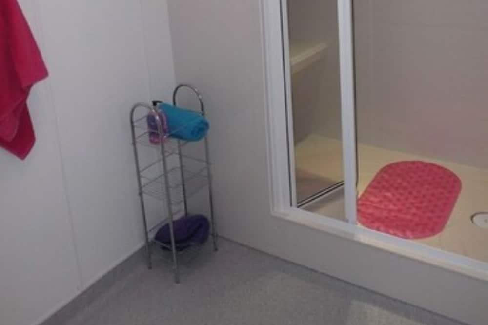 Basic Μονόκλινο Δωμάτιο, 1 Μονό Κρεβάτι - Μπάνιο