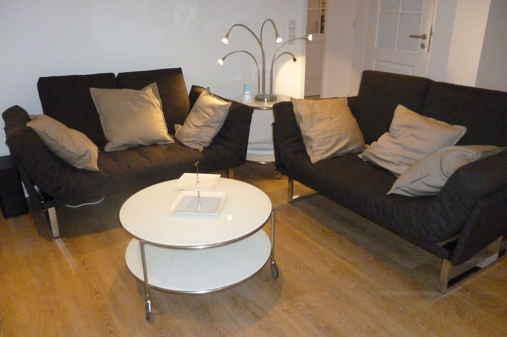 Appartement Luxe, 2 chambres, accessible aux personnes à mobilité réduite, patio - Salle de séjour