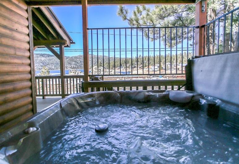 博爾德灣公園湖濱私人度假屋, 大熊湖, 室外 SPA 浴池
