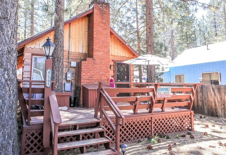 Cottage In The Pines, Veľké medvedie jazero
