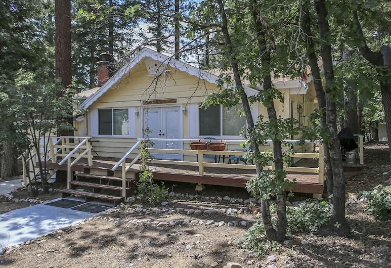 The Little Yellow House, Danau Big Bear