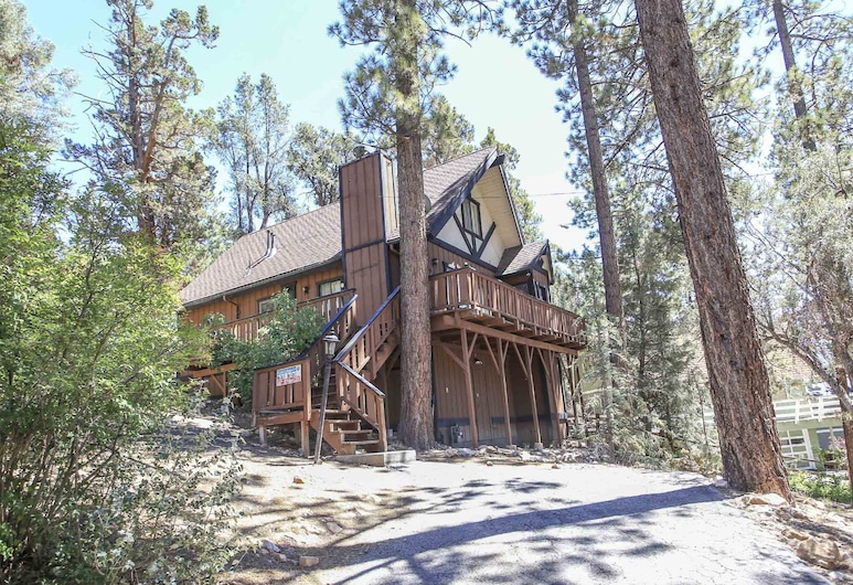 Wishing Bear Lodge, Big Bear