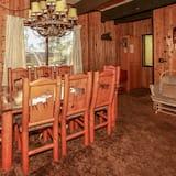 Ferienhaus, Mehrere Betten, Nichtraucher - Essbereich im Zimmer