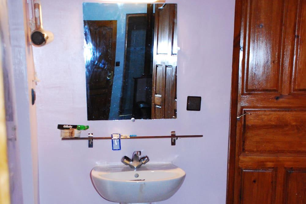Deluxe-suite - 2 soveværelser (Aya) - Badeværelse