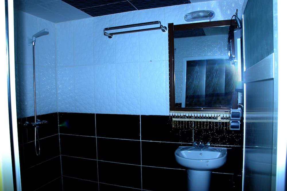 Comfort-dobbeltværelse - 1 soveværelse (Rim) - Badeværelse