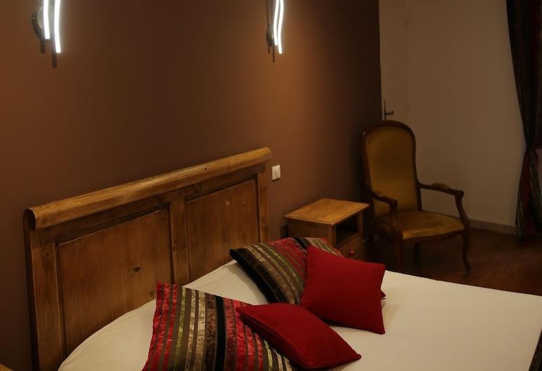 Hotel Restaurant Les Pins, Sillans-la Cascade, Dobbeltrom, Gjesterom