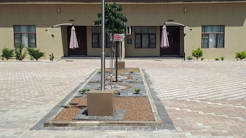 Picture of MafKing Apartments in Maun