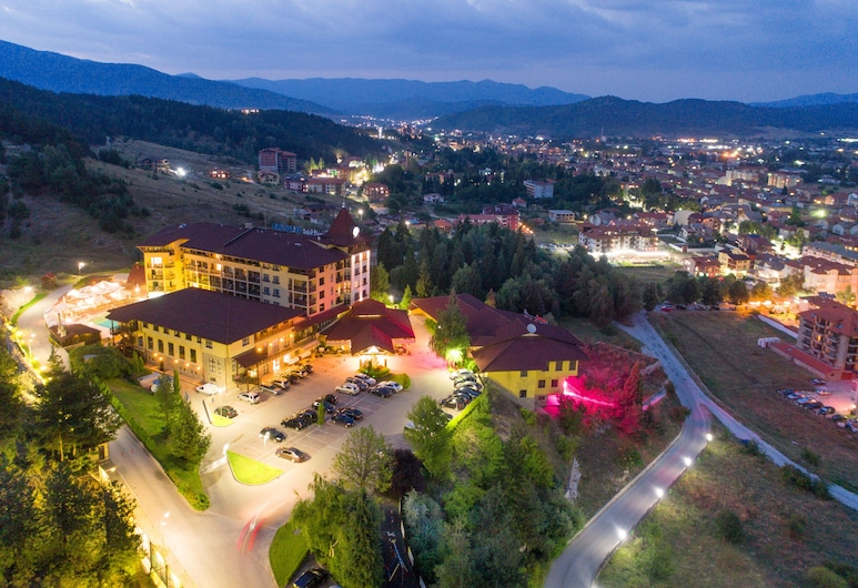 Grand Hotel Velingrad, Velingrad, Voorkant hotel - avond/nacht