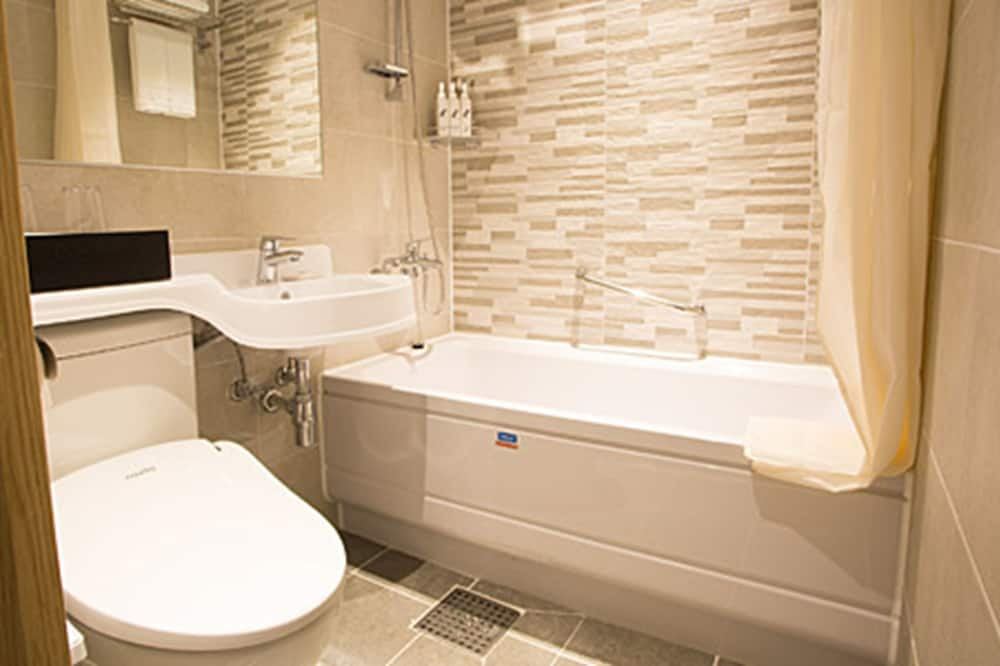 家庭三人房, 3 張單人床 - 浴室
