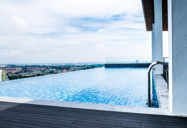 Damen Residence by Widebed, Subang Jaya, Rooftop Pool
