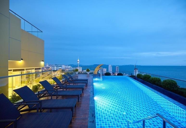 """The Peak Towers by Mypattayaholiday, Pattaya, Hồ bơi """"vô cực"""""""
