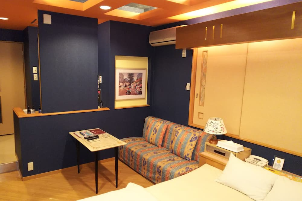 Double Room, Private Bathroom - Bilik Tamu