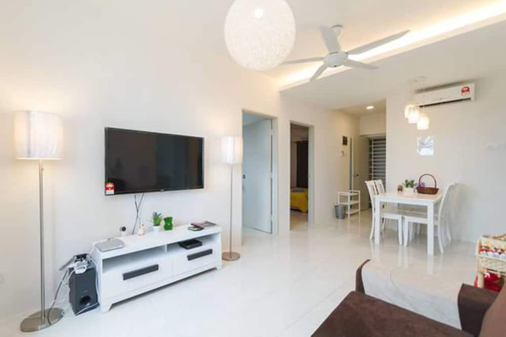 Апартаменти, 3 спальні - Вітальня