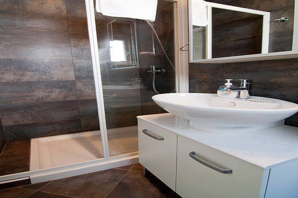 Апартаменти (APP 3) - Ванна кімната