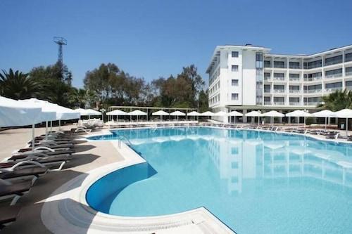 蒙德海灘度假飯店及水療中心/