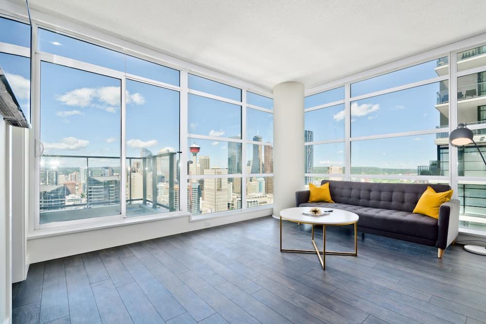 Premium Suite, 2 Queen Beds, City View, Tower - Living Room