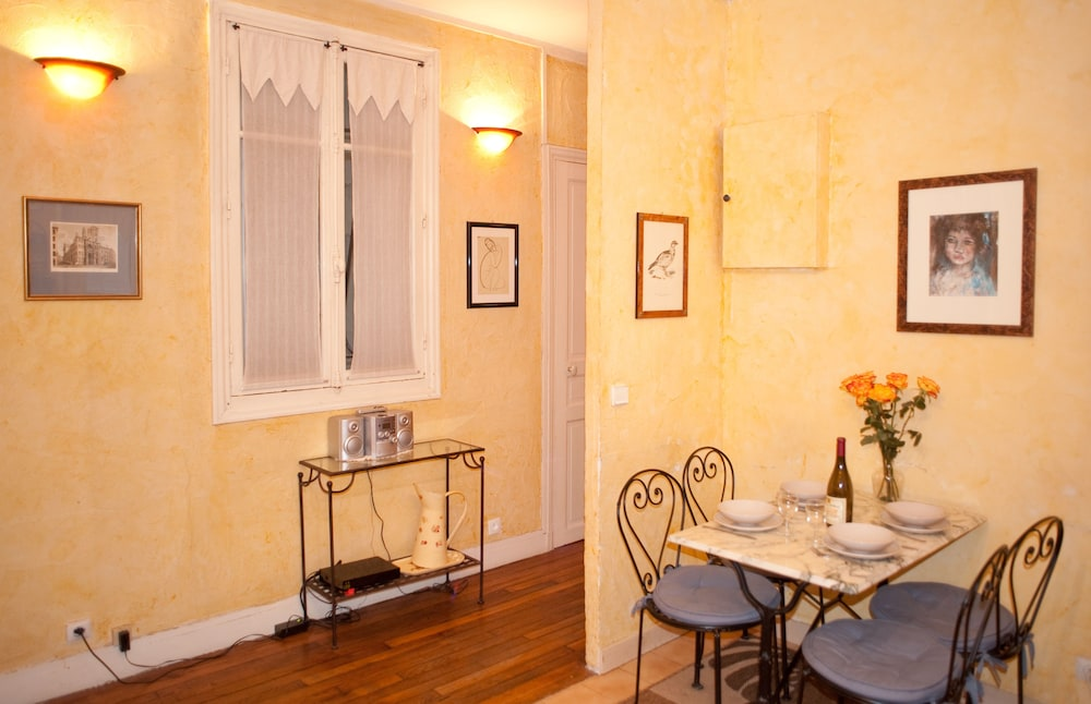 Appartement 2 Chambres, Paris, Classic Apartment, 2 Bedrooms, In Room Dining