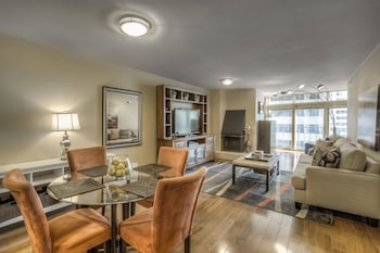 15 Closest Hotels To 16th Street Mall In Denver Hotels Com