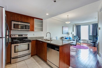Picture of Downtown Suites by Hometrotting in Montreal