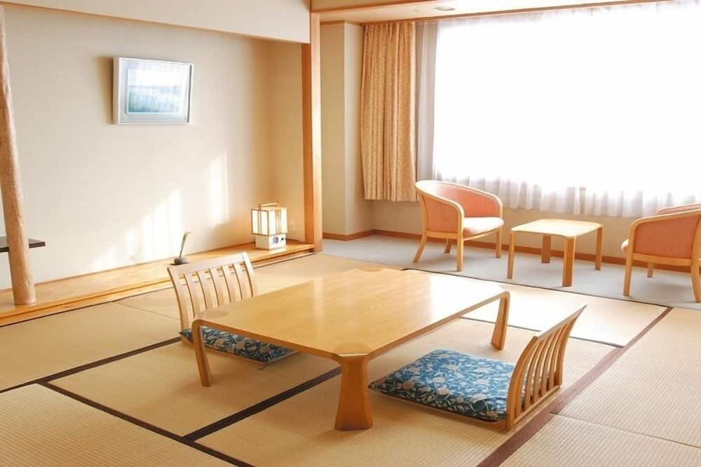 Traditional-Zimmer (Japanese Style, for 5 Guests) - Zimmer