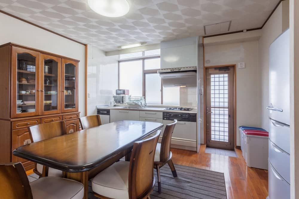 Condo, 4 Bedrooms (7 Adults) - Living Area