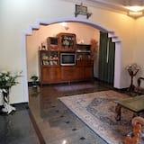 Standard-huvila, 6 makuuhuonetta - Olohuone