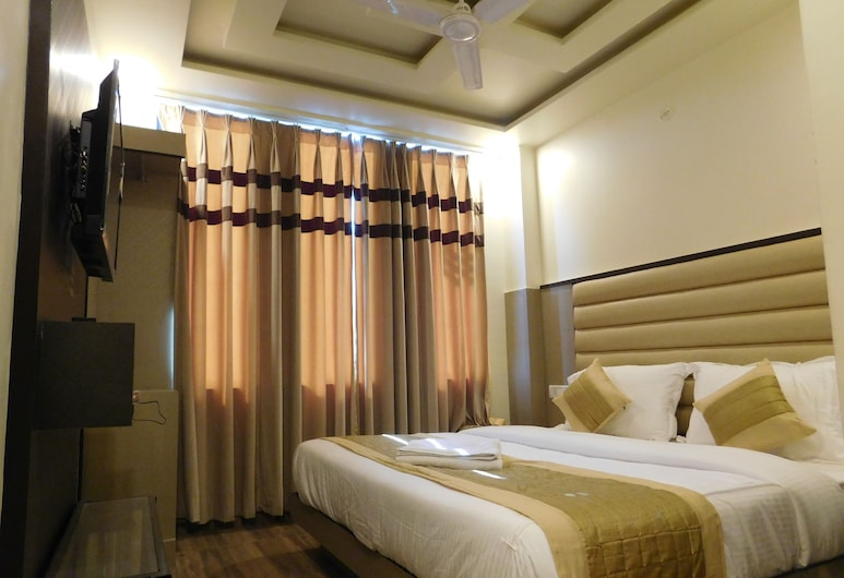 Hotel Gauranga Inn, New Delhi, Executive Double Room, 1 King Bed, Private Bathroom, City View, Guest Room
