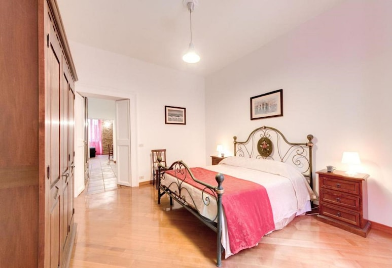 Domus Coronari, Rome, Family Apartment, Guest Room