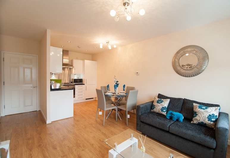 Station Suites, Watford, Apartment, Living Area