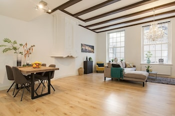 Picture of Canal Garden Apartment in Utrecht