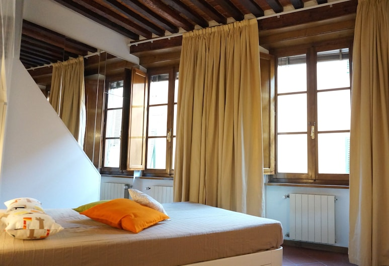 Papi Apartment, Lucca, Deluxe Apartment, 2 Bedrooms, Terrace, Room